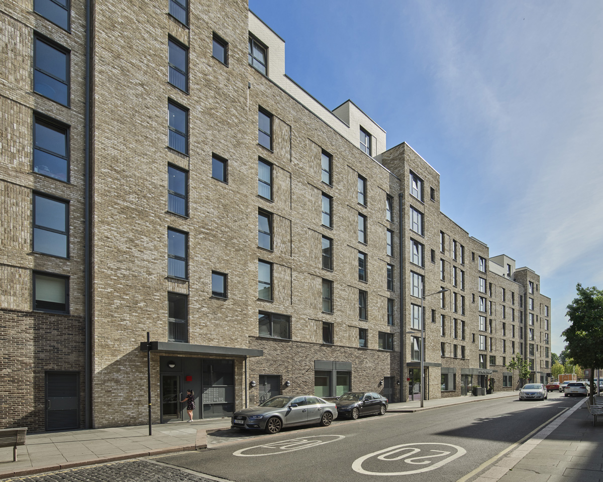 Bow Garden Square frontage onto St Paul's Way apartments